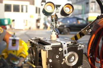 robot4 Robots hechos con materiales reciclados.