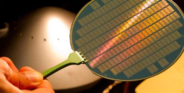 nanotubos 640x325 Primera computadora desarrollada con carbono