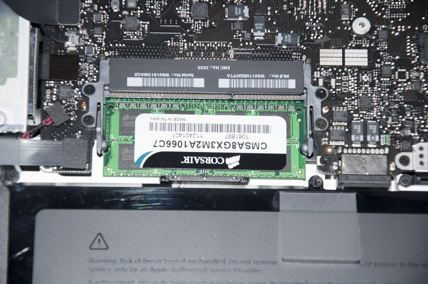 How_to_upgrade_Macbook_Pro_RAM_memory_picture14