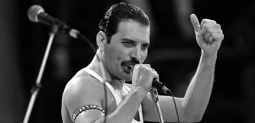 Estas son 10 de las mejores actuaciones del siempre genial Freddie Mercury