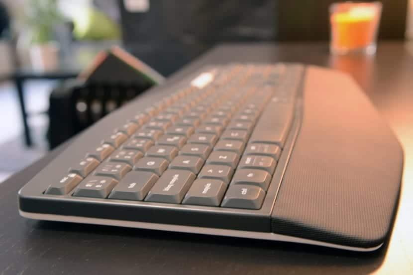 Logitech MK850 teclado