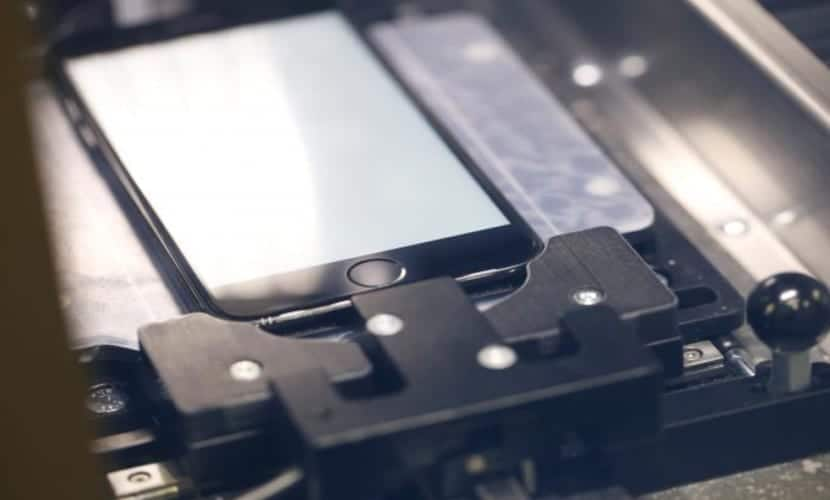 Horizon Machine, máquina para reparar la pantalla del iPhone