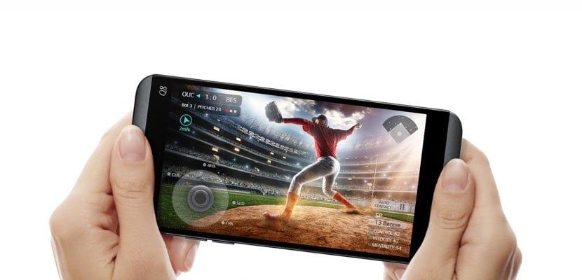 Presentación LG Q8