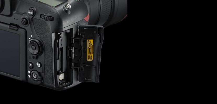 Nikon D850 conexiones físicas