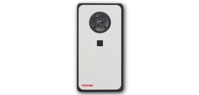 Toshiba DynaEdge con Windows 10 Pro