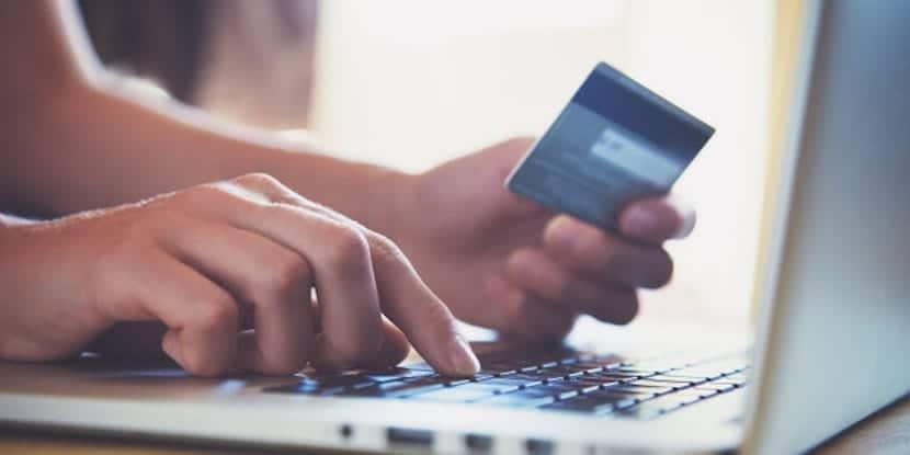 Alerta. Tiendas falsas en Facebook