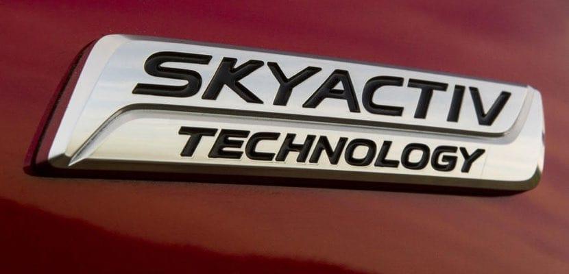 Mazda presenta su nuevo motor gasolina SKYACTIV-X