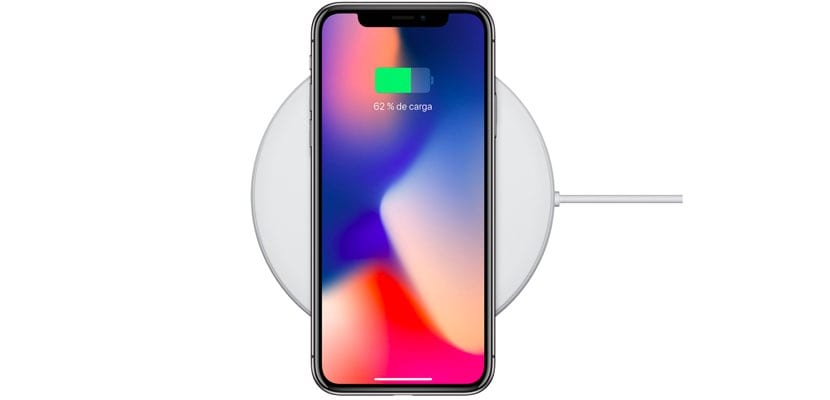 iPhone X en base de carga inalámbrica AirPower