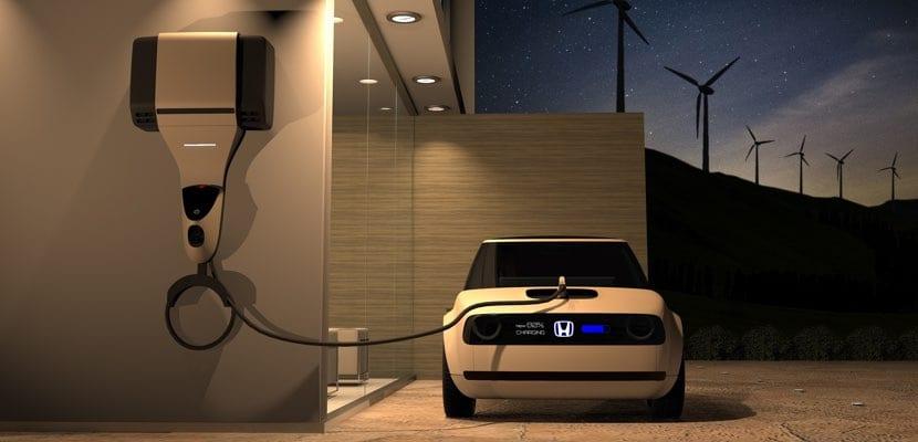 Honda Power Manager Concept conectado al Honda Urban EV