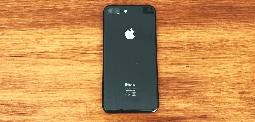 me encontre un iphone 8 como lo desbloqueo
