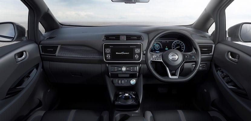 Interior del Nissan LEAF 2018