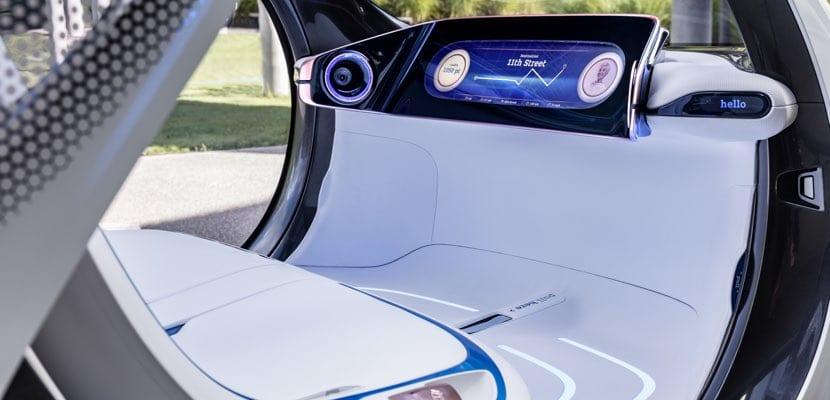 Interior futurista del smart vision EQ fortwo