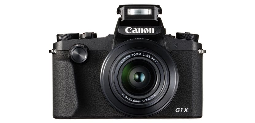Canon PowerShot G1 X Mark III frontal