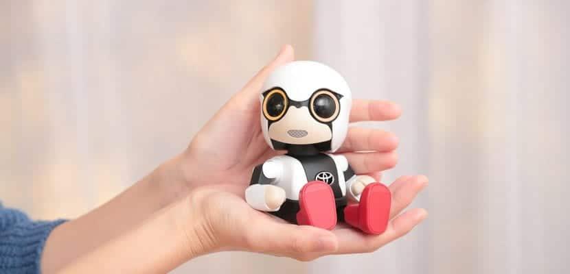 Kirobo mini robot de compañía
