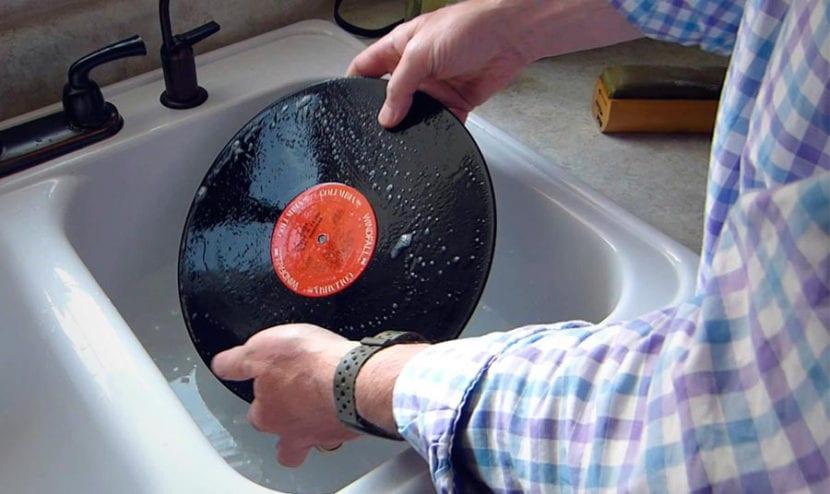 limpiar discos de vinilo
